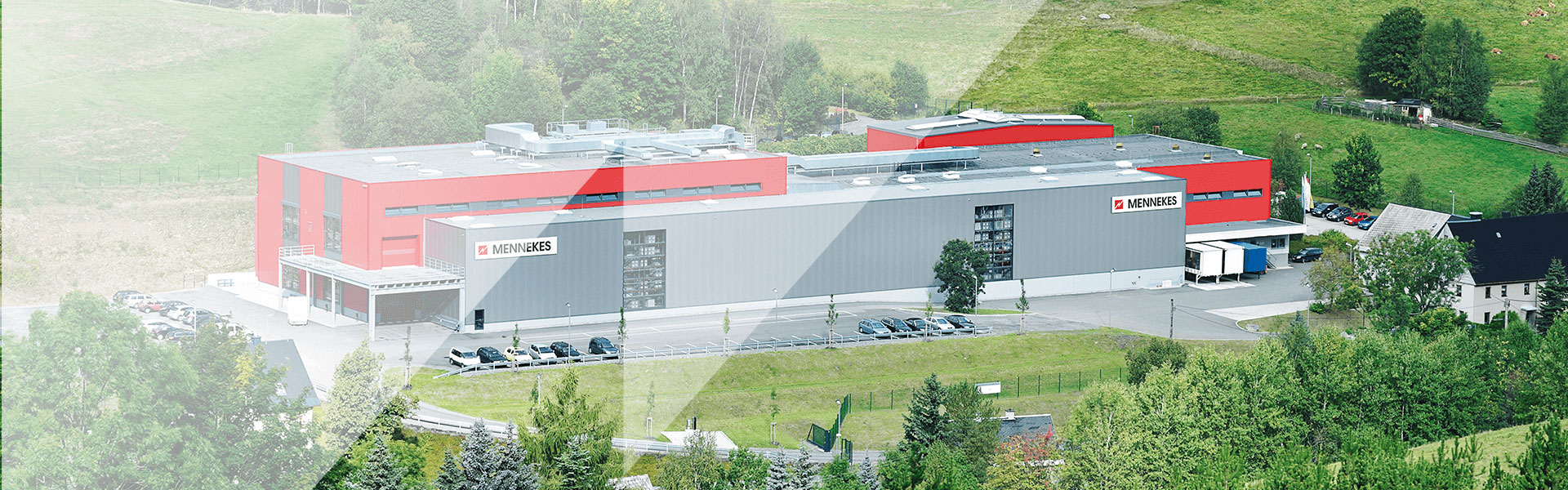 A picture showing the company building of MENNEKES Elektrotechnik Sachsen